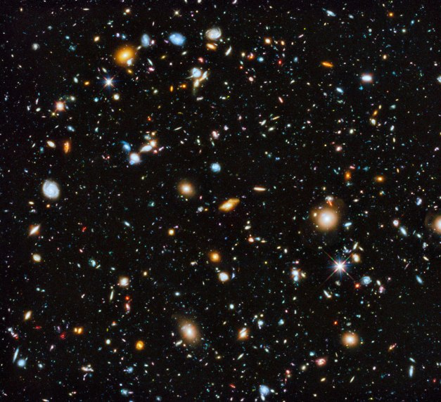 Hubble unveils a colourful view of the Universe | Press Releases | ESA/Hubble